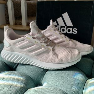 Women's Adidas Shoes Size 10 for Sale in Lebanon, PA