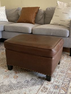 Brown Leather Ottoman, Great Condition for Sale in Los Angeles,  CA