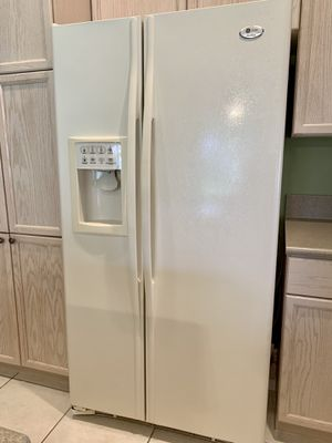 GE Profile Arctica Side-By-Side Refrigerator for Sale in Boynton Beach, FL