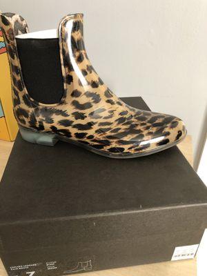 New in box J. Crew rain boots size 7 for Sale in Arlington, VA