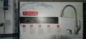 Delta Kitchen Sink!!! for Sale in Glendale, AZ