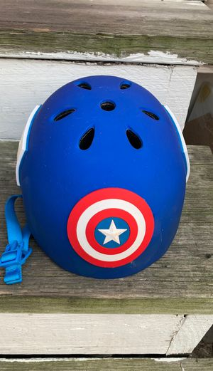 Captain America boy helmet for Sale in Aurora, IL