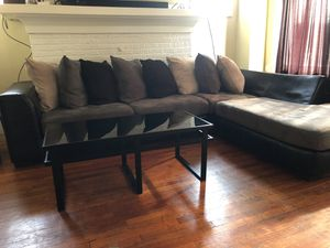Sectional Grey & Black Couch for Sale in Detroit, MI