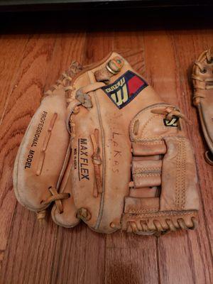 Baseball Gloves for Sale in Rockville, MD