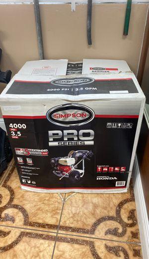 Simpson 4000psi pressure washer for Sale in Miami, FL