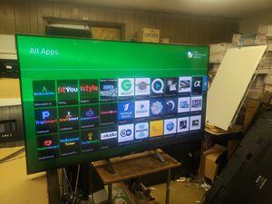 65' sony smart tv lots of App remotel. Incl for Sale in Tacoma, WA