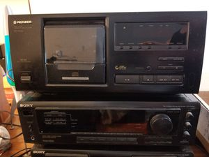 Sony home receiver Pioneer cd player.. Old but works for Sale in Allen Park, MI