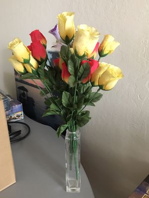 Decorative flowers with a vase - you can make it the shape you want. for Sale in San Jose, CA