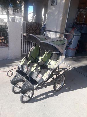Dreamer design ditto double jogger stroller for Sale in North Las Vegas, NV