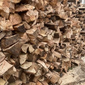 Seasoned Firewood for Sale in Oregon City, OR