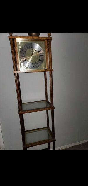 Vintage Standing Clock for Sale in Dania Beach, FL