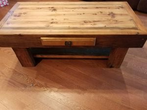 Handmade coffee tables, end tables, kitchen tables, stools, benches, etc. Message me for your next piece of furniture. for Sale in US