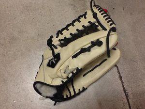 "Rico Custom Star Series 12.5"" Baseball Glove for Sale in Phoenix, AZ"