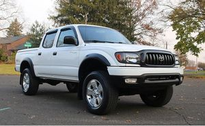2OO1 Toyota Tacoma SR5*Low Milles 145K for Sale in Washington, DC