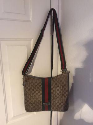 Authentic vintage Gucci Messenger bag for Sale in Henderson, NV