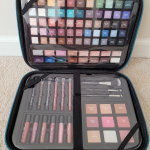 Ulta Beauty 95 pieces Makeup Kit For Women for Sale in Charlotte, NC