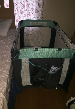 Baby bed best offer never used only for pamper and wipe dtorage have another one for Sale in Monroe Township, NJ