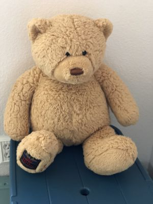 "Plush Teddy Bear, Size: 24"" Tall for Sale in Hesperia, CA"