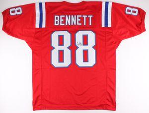 Signed Martellus Bennett Patriots Jersey for Sale in Escalon, CA