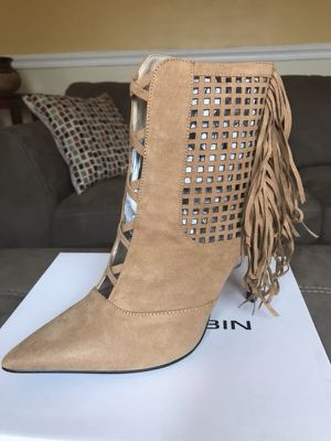 Women's heels size 9 for Sale in Columbus, OH