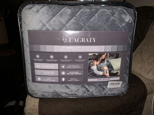BRAND NEW - L'agraty Weight Blanket Queen Size for Sale in Belleair, FL