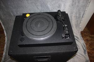 Turntable Numark TT1400 for Sale in Joliet, IL