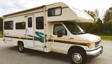 Excellent 1995 Fleetwood Jamboree Very clean 4WDWheelss for Sale in Oklahoma City,  OK