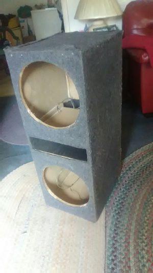 3 foot speaker box for Sale in Apex, NC