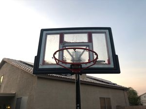 Adjustable Lifetime Basketball hoop for Sale in Peoria, AZ