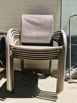 FREE!! Patio set. 5 chairs & 2 tables w/ all hardware for Sale in MIDDLE CITY EAST, PA