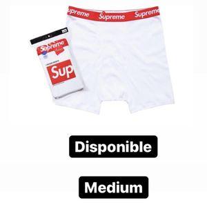 New Supreme Boxer (Medium) for Sale in Orlando, FL