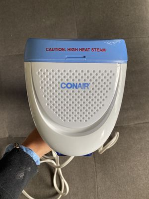 Con air clothes steamer for Sale in Macomb, MI