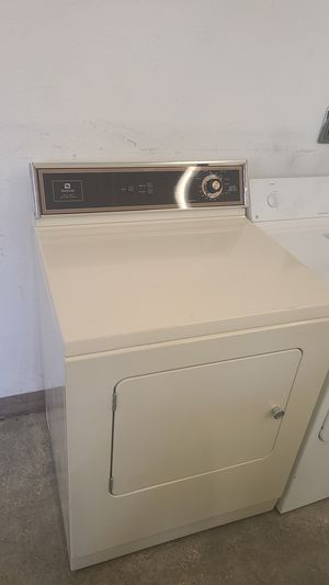 Great condition Maytag Dryer #62 for Sale in Denver, CO