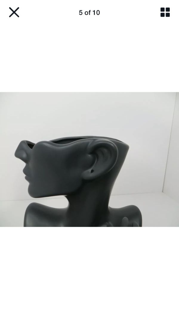 Black 10 inch Ceramic Half Round Face With Hand & Flower Pin Vase & Earring Hole