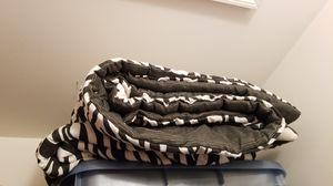 Queen comforter for Sale in Manassas, VA