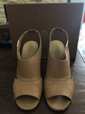 Coach Lexia Soft Grain Brown Leather Heels Size 6.5 for Sale in Collingswood, NJ