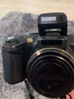 Fujifilm FinePix S7000 6.3 MP Digital Camera w/6x Optical Zoom for Sale in Redwood City,  CA