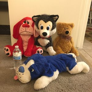Four Large Stuffed Animals for Sale in Tempe, AZ