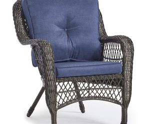 Wicker Set 1 Couch 2 Chairs And A Table for Sale in Croydon,  PA
