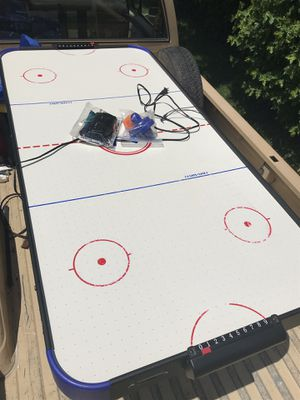 Air hockey table for Sale in St. Louis, MO