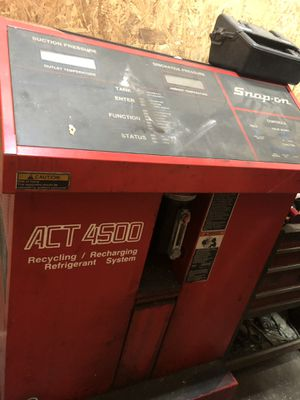 Snap On A/C machine with Bacharach H10PM Refrigerant leak detector for Sale in Atlanta, GA