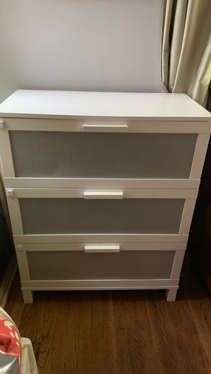 Ikea dresser for Sale in Monterey Park, CA
