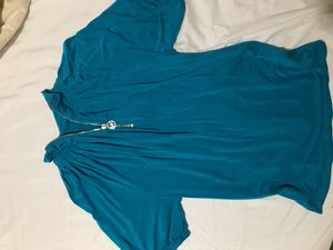 MICHAEL KORS TURQUOISE BLOUSE for Sale in Sanger, CA