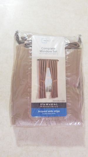 Mainstays Jacquard Wide Stripe Complete Window Curtain Set for Sale in Aloma, FL