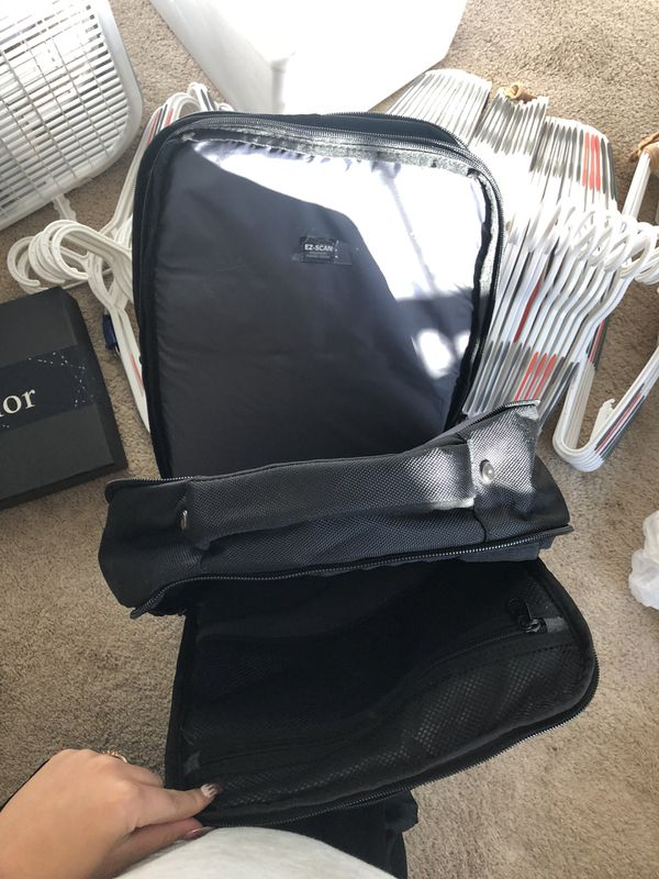 Reaction Kenneth Cole laptop backpack