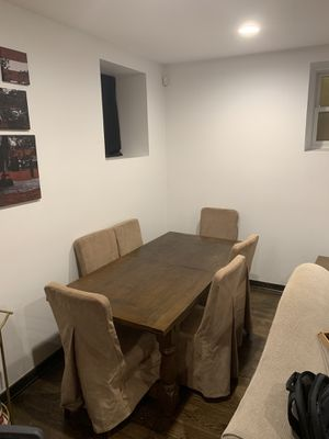 Solid Wood Dining Room Table w/ Chairs for Sale in Chicago, IL