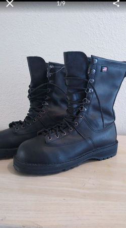 Boots Danner military steel toe. 10 EE for Sale in Las Vegas,  NV