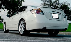 2007 Nissan Altima Power Mirrors for Sale in Columbus, OH