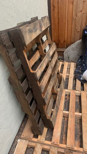 FREE PALLETS! for Sale in Sunnyvale, CA