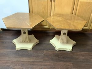 Fabulous Pair of Henredon End Tables to Paint for Sale in Baltimore, MD